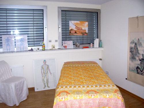 Einrichtung - Physiotherapiepraxis mit dem Schwerpunkt Kiefergelenksdysfunktion (CMD)<br> Heilpraktikerin für Physiotherapie  in 33602 Bielefeld